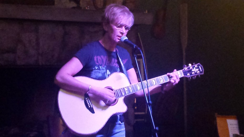 Performing at T489