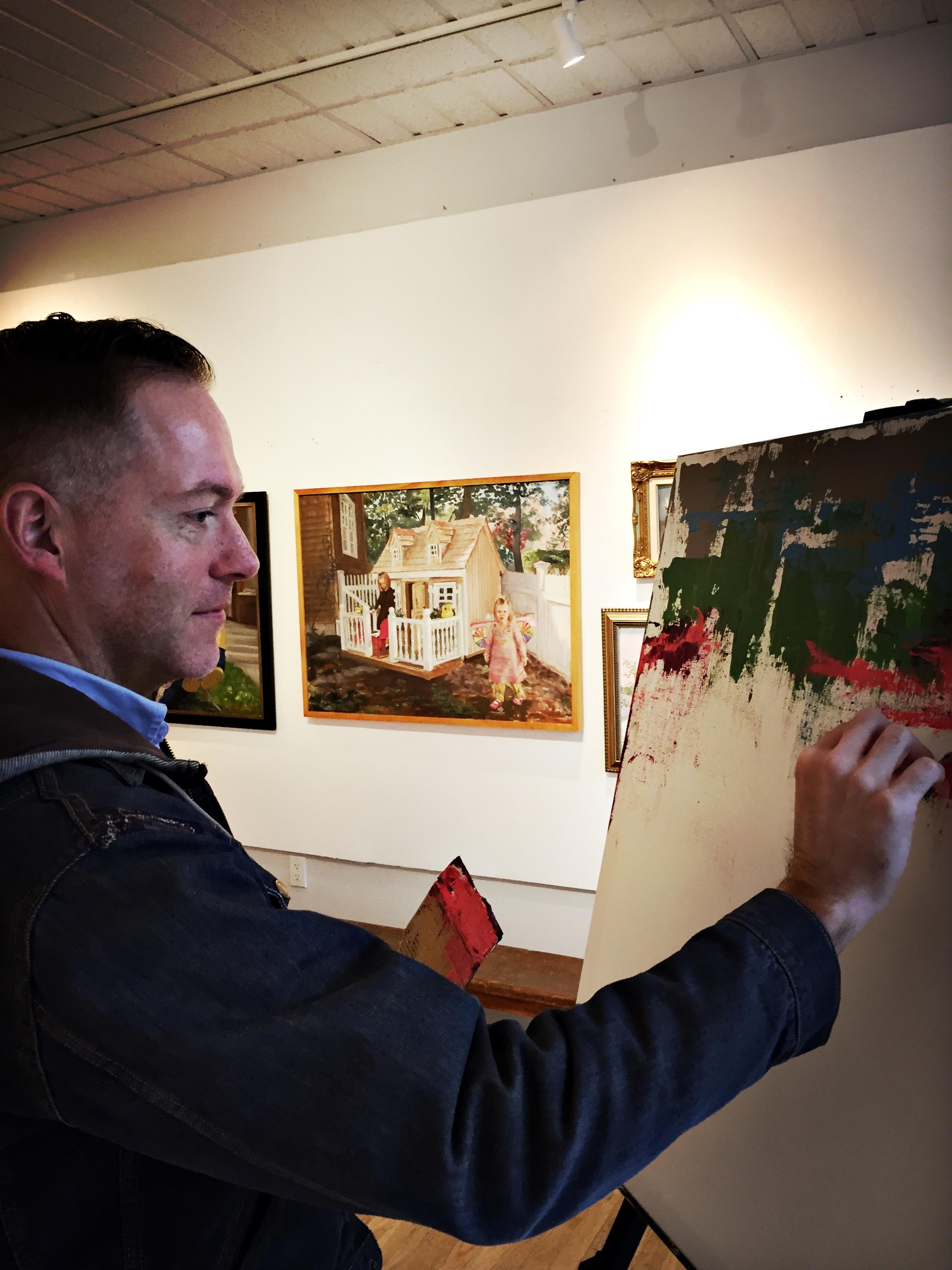 VIDEO: Performing art in art space